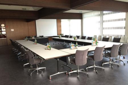 03 Sitzungssaal